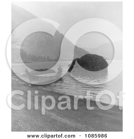 Chinook Canoe - Free Historical Stock Photography by JVPD