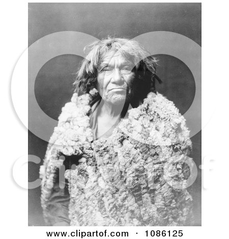 Espon Unzo Owa - Free Historical Stock Photography by JVPD