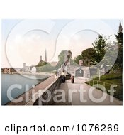 Historical Two Women Strolling On The Promenade In Worcester Worcestershire West Midlands England Royalty Free Stock Photography