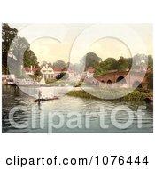 People Enjoying Gondola Rides Near The Bridge At White Heart Hotel In Sonning England Royalty Free Stock Photography