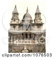 Statue Of Queen Anne In Front Of The West Side Of St PaulS Cathedral On Ludgate Hill In London England Royalty Free Stock Photography
