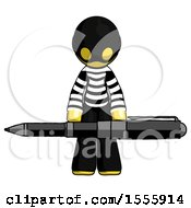 Yellow Thief Man Weightlifting A Giant Pen