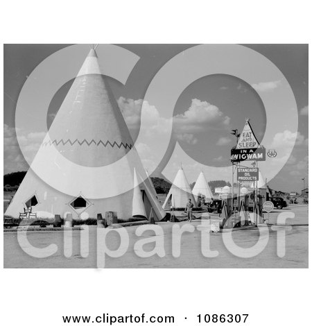Tipi Hotel - Free Historical Stock Photography by JVPD